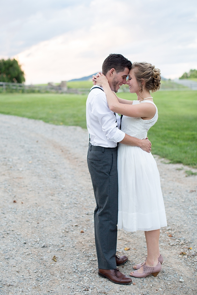 vintage farm wedding | Samantha Laffoon Photography | Glamour & Grace