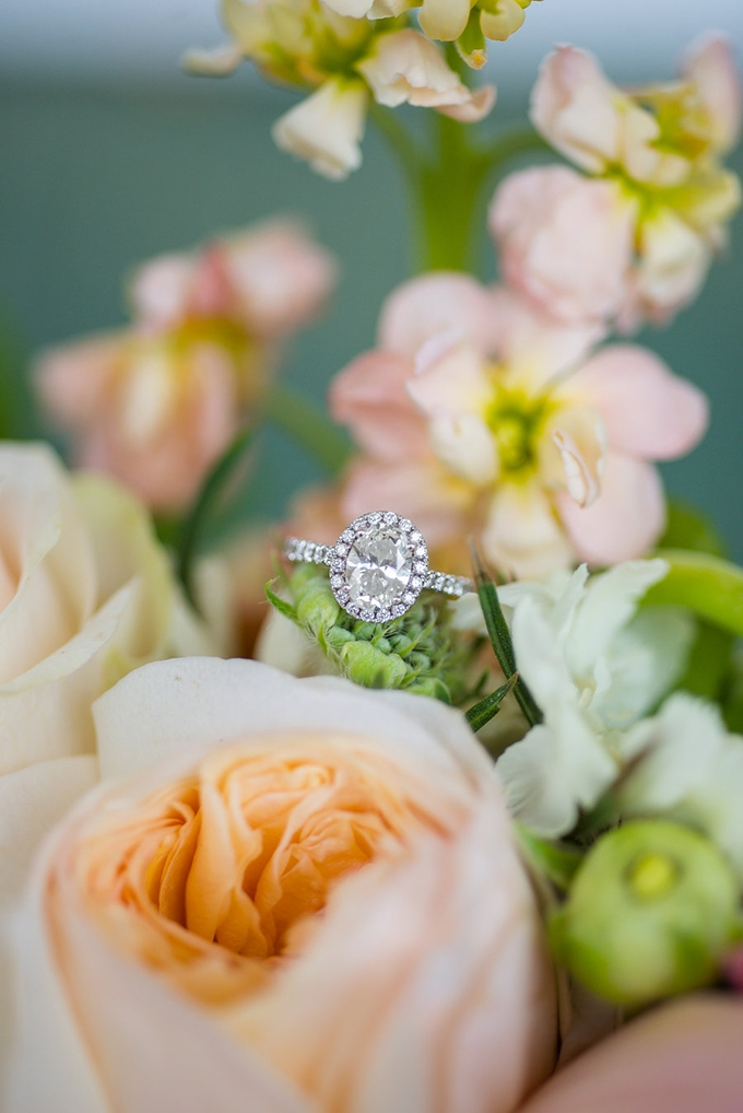 halo engagement ring | Eliza Morrill Photography | Glamour & Grace