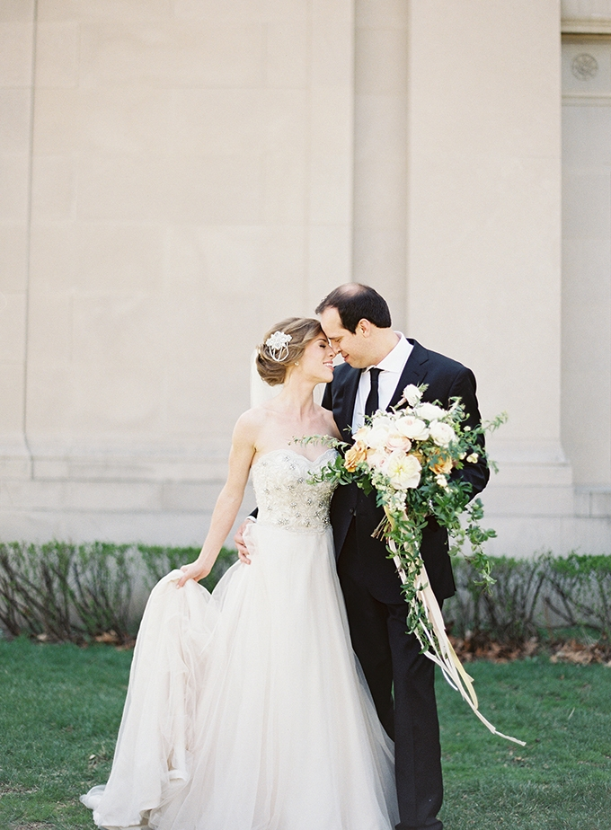 romantic gold wedding | Cory & Jackie Wedding Photographers | Glamour & Grace