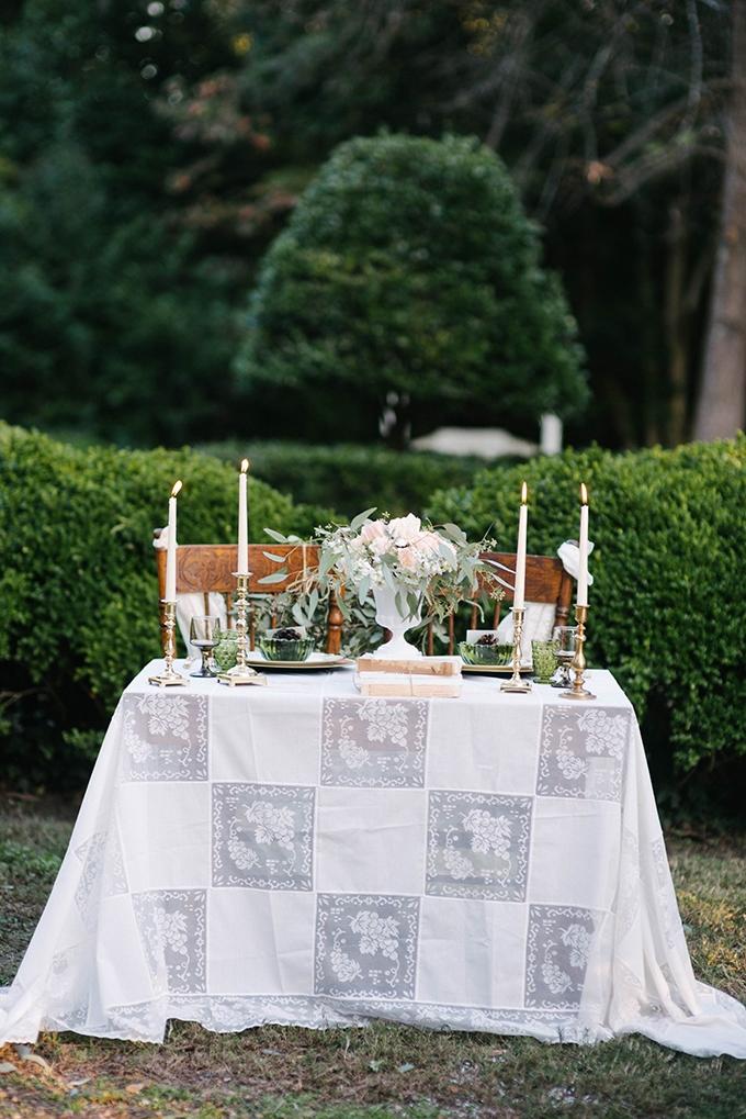 vintage winter wedding inspiration | Dani White Photography | Glamour & Grace