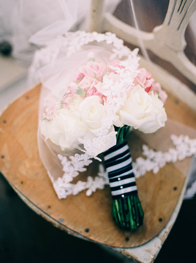 pink and white bouquet | Nikki Santerre | Glamour & Grace