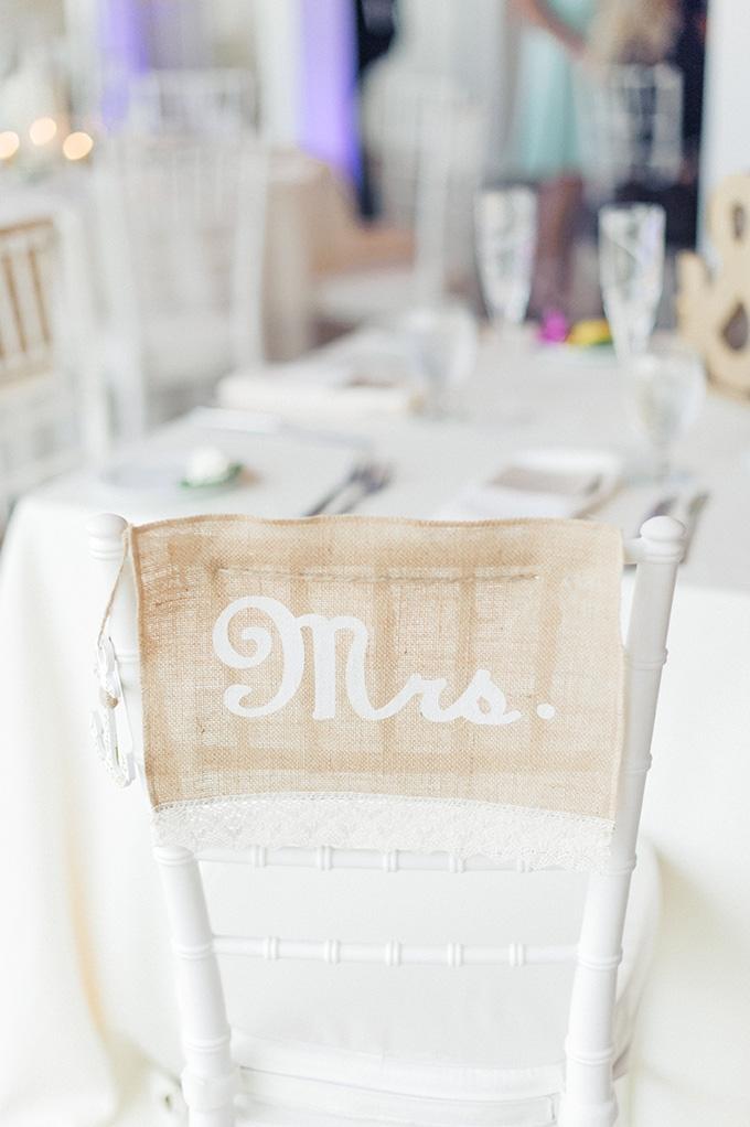 Mrs burlap sign | Jessica Bordner Photography | Glamour & Grace