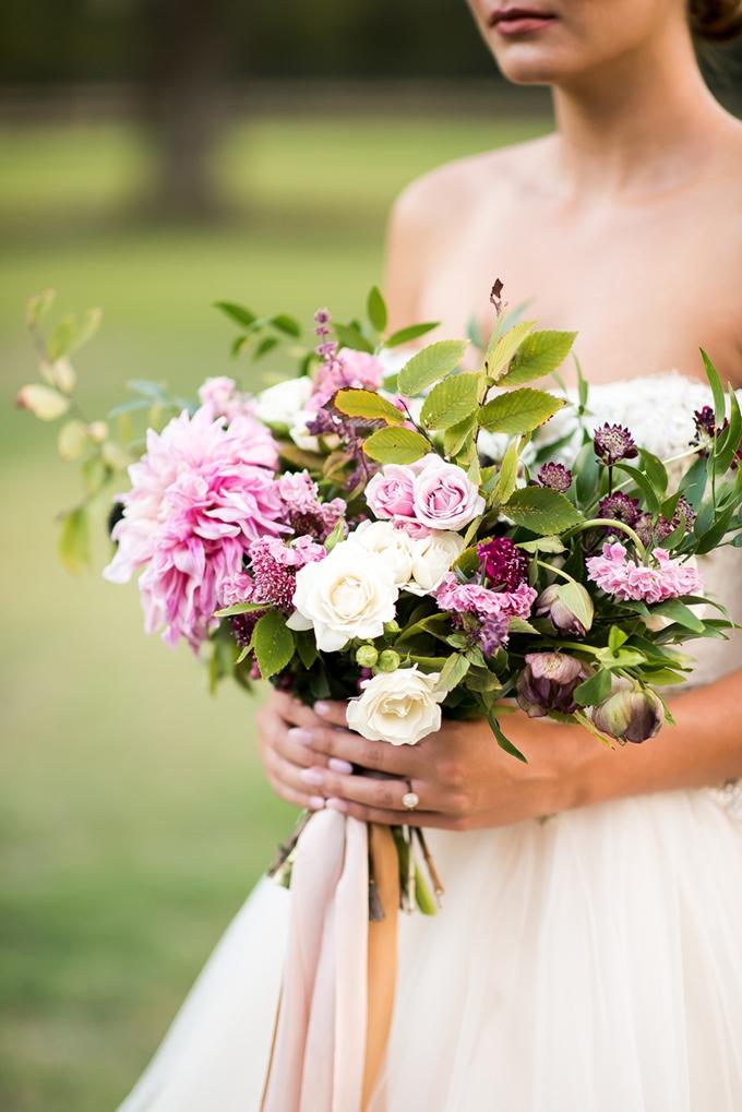 purple bouquet | Andrea Elizabeth Photography | Glamour & Grace