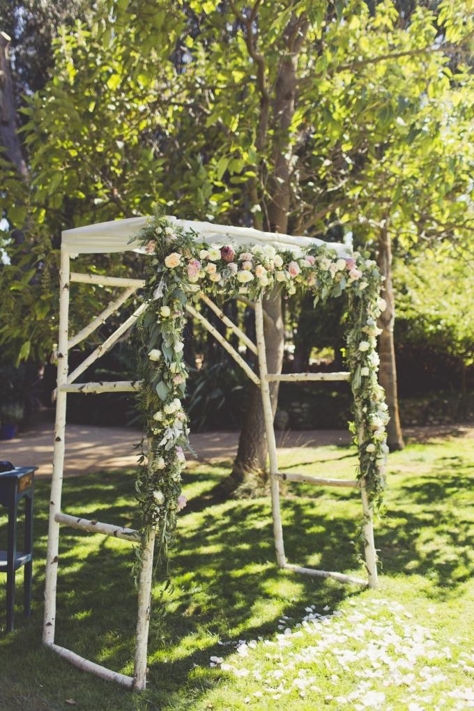 floral arch   Sarah Kathleen   Glamour & Grace