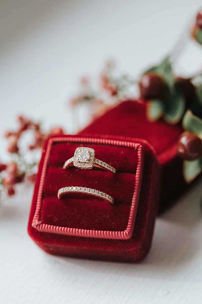 red Mrs Box and ring | Jenna Brianne Photography | Glamour & Grace