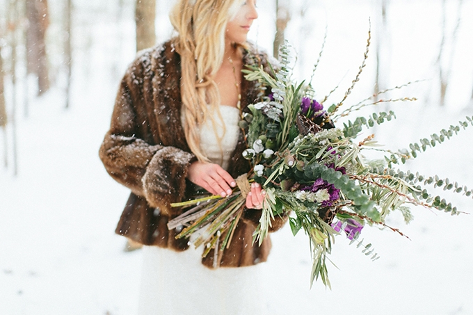 snowy bridal session | Nicki Metcalf Photography | Glamour & Grace