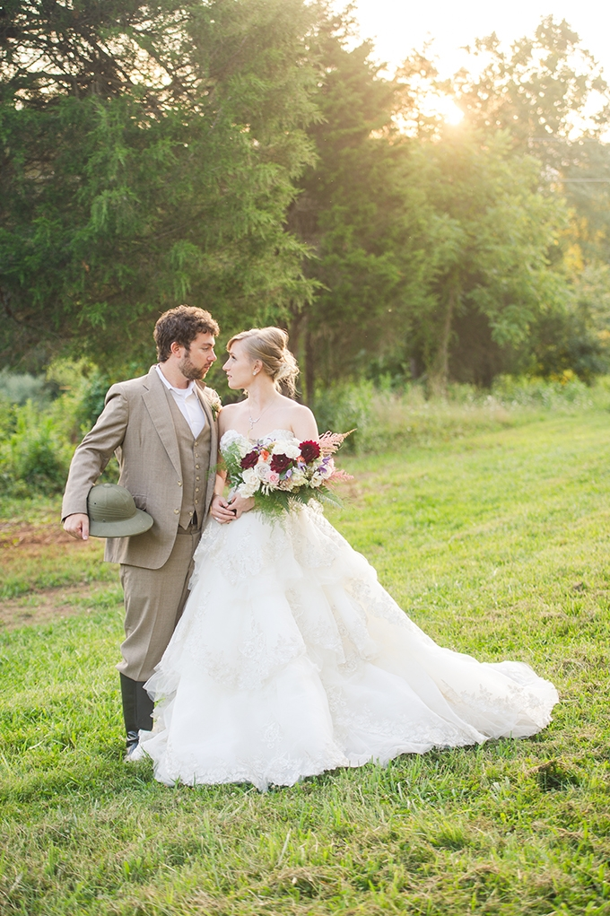 Victorian safari wedding inspiration | Traci J. Brooks Studios | Glamour & Grace
