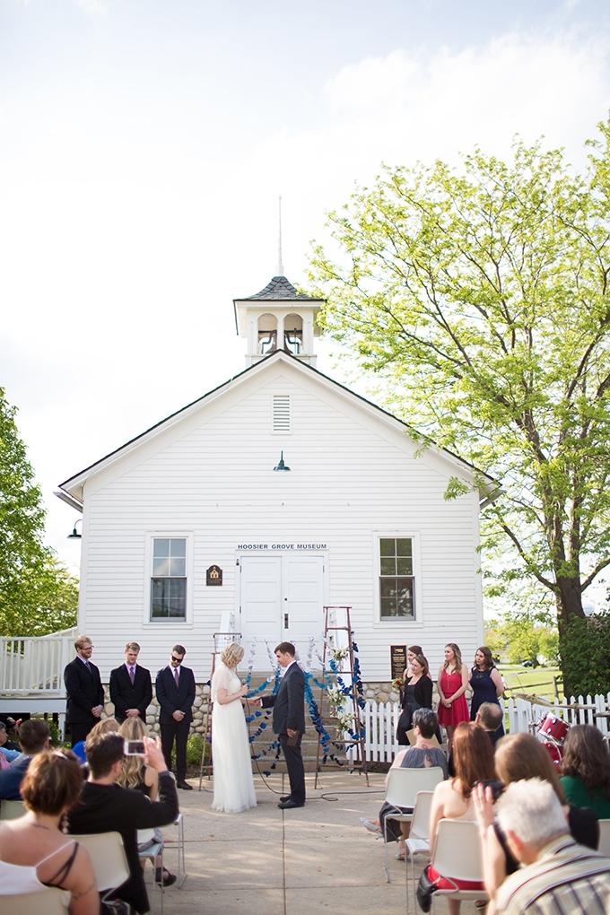 handmade barn wedding | Annie Steele Photography | Glamour & Grace