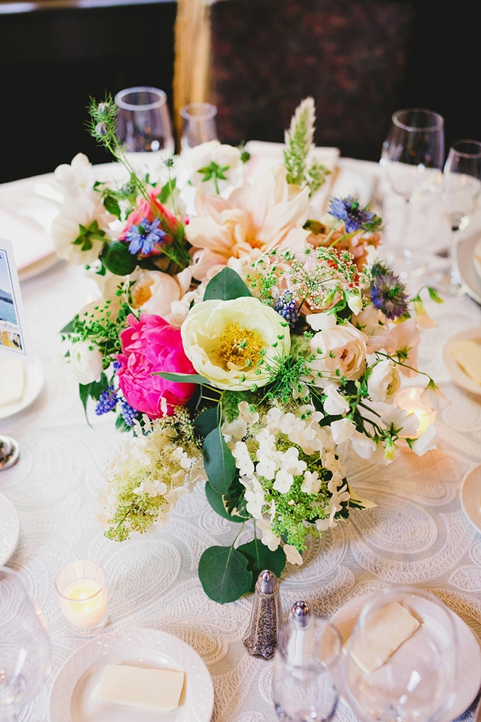 colorful spring centerpieces | Milou + Olin Photography | Glamour & Grace