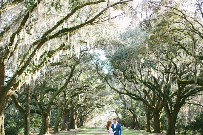 romantic southern engagement session | Taylor Rae Photography | Glamour & Grace
