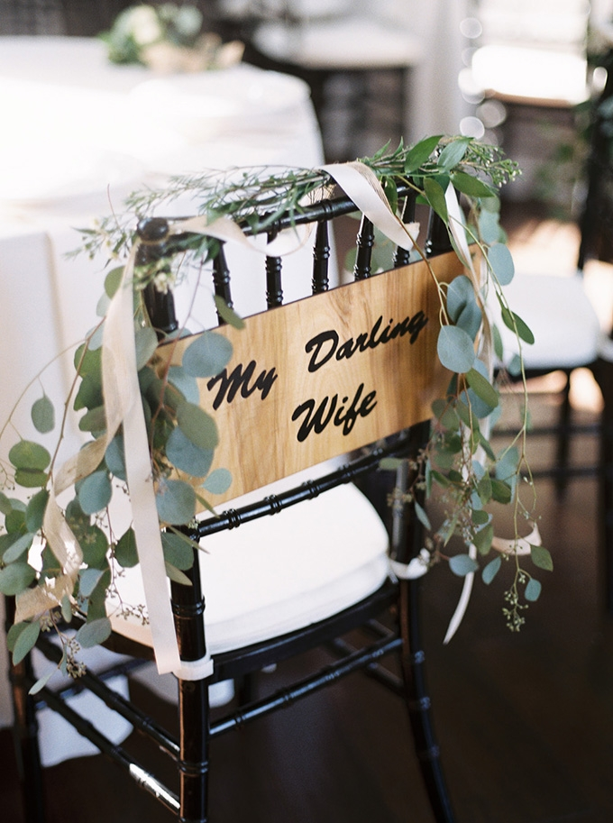 my darling wife chair sign | Noi Tran Photography | Glamour & Grace