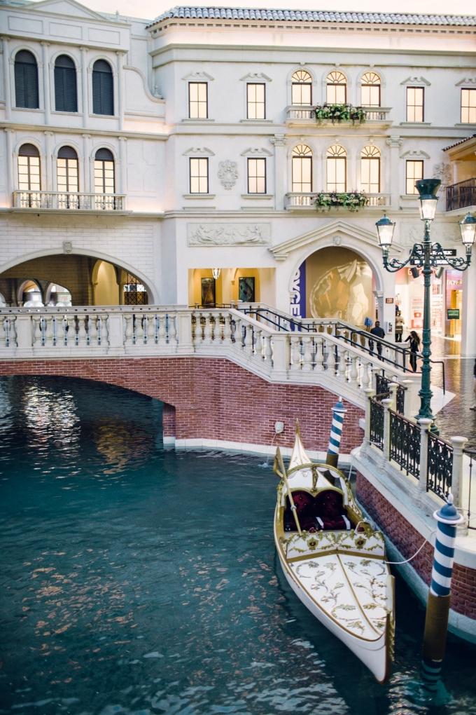 Aisle Society Venetian