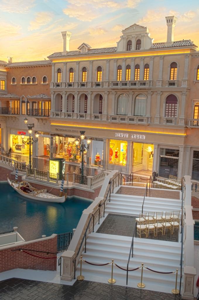 The Venetian | Glamour & Grace-03