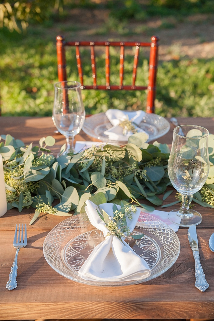 place setting | Megan Hayes Photography | Glamour & Grace