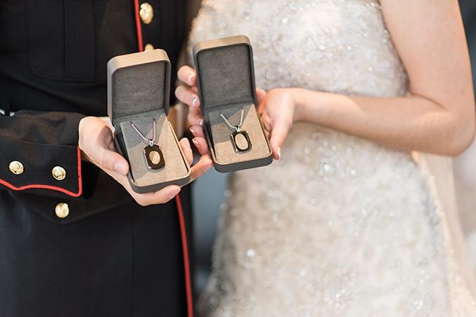 vintage glam winter wedding | B. Jones Photography | Glamour & Grace
