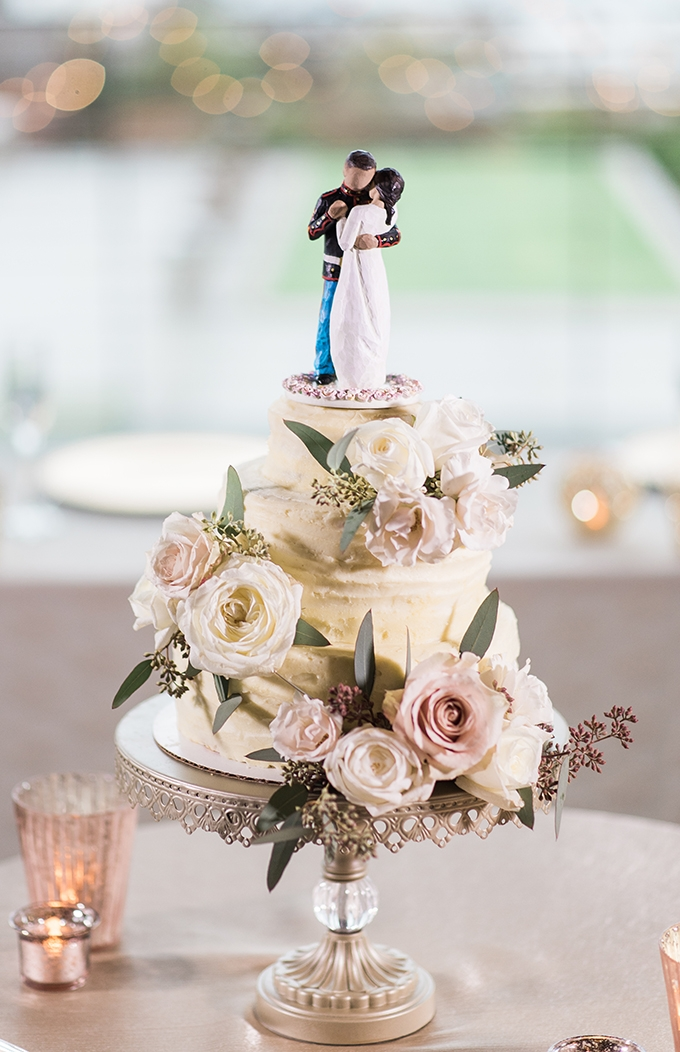 flower covered cake | B. Jones Photography | Glamour & Grace