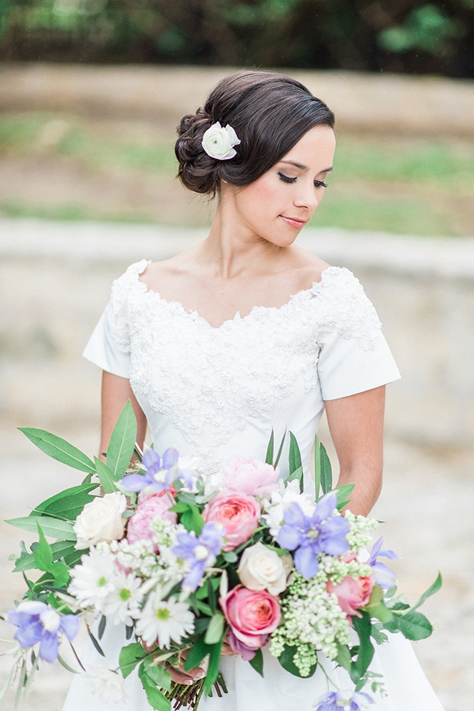 heirloom bridal portraits | Joslyn Holtfort | Glamour & Grace