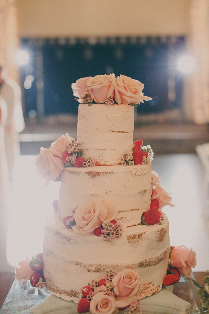 rose covered cake | j.woodbery photography | Glamour & Grace