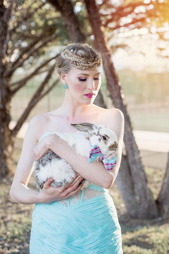 Alice In Wonderland Wedding Inspiration Glamour Amp Grace