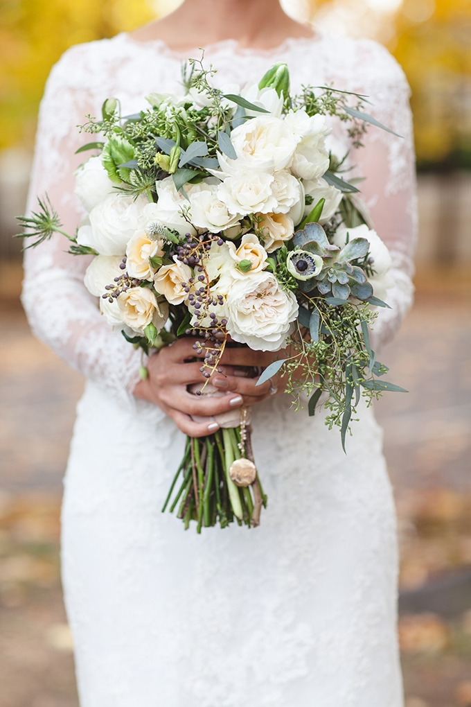 Chic And Stylish Fall Vintage Wedding