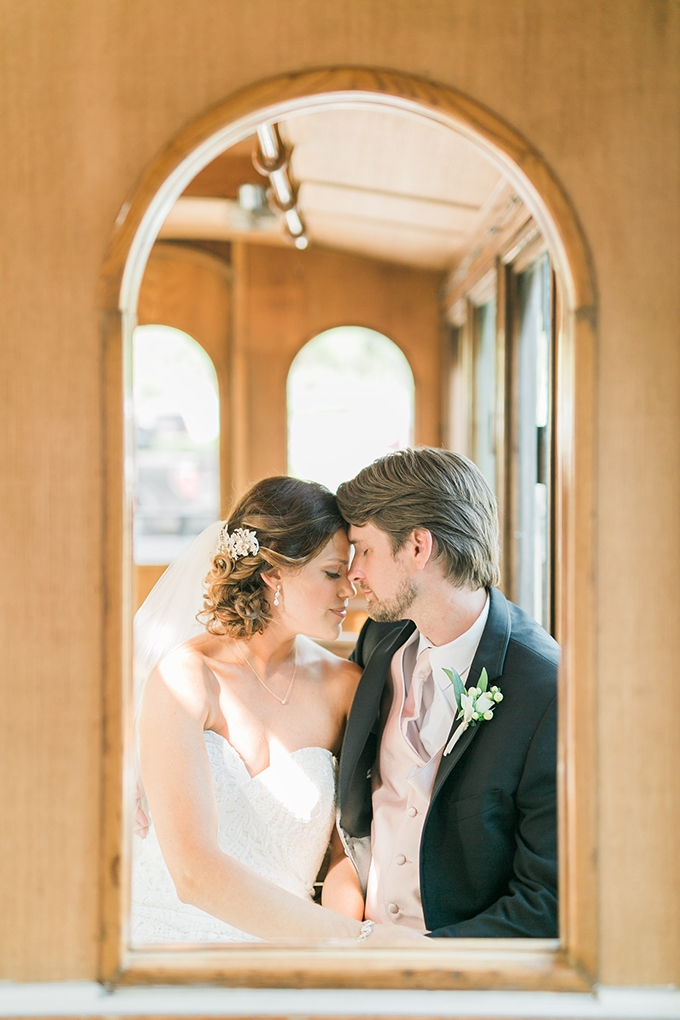 intimate destination wedding | Catherine Ann Photography | Glamour & Grace