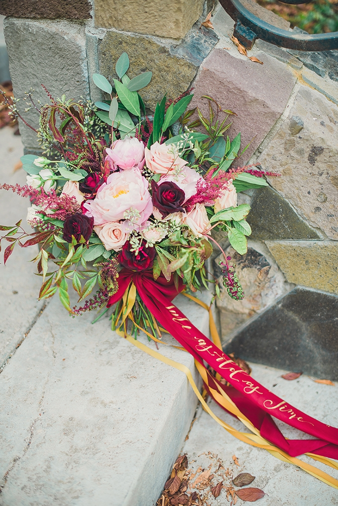 bouquet with calligraphy ribbon | Sun & Sparrow Photography and Films | Glamour & Grace