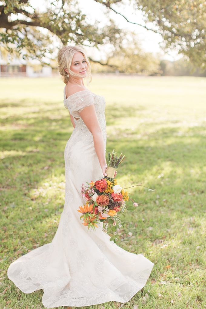 vintage farm wedding inspiration | Meggie Taylor | Glamour & Grace