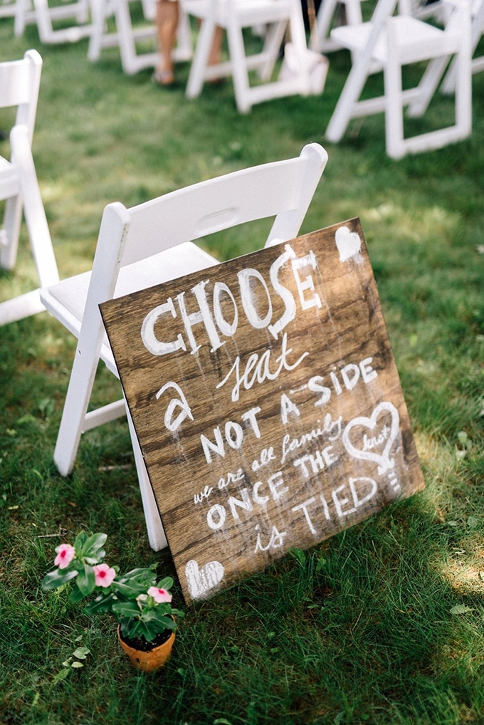 ceremony signage | Lindsay Hackney | Glamour & Grace