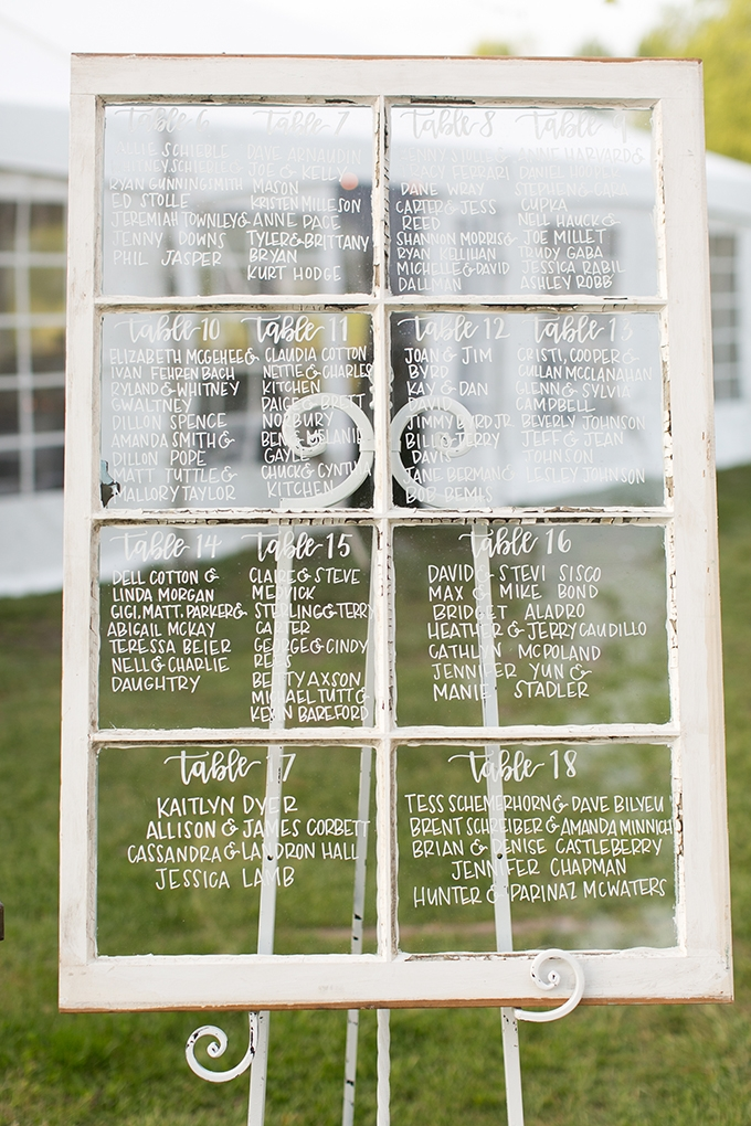 vintage mirror seating chart | Jessica Ryan Photography | Glamour & Grace