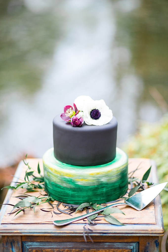 jewel tone wedding cake | Solie Designs | Glamour & Grace