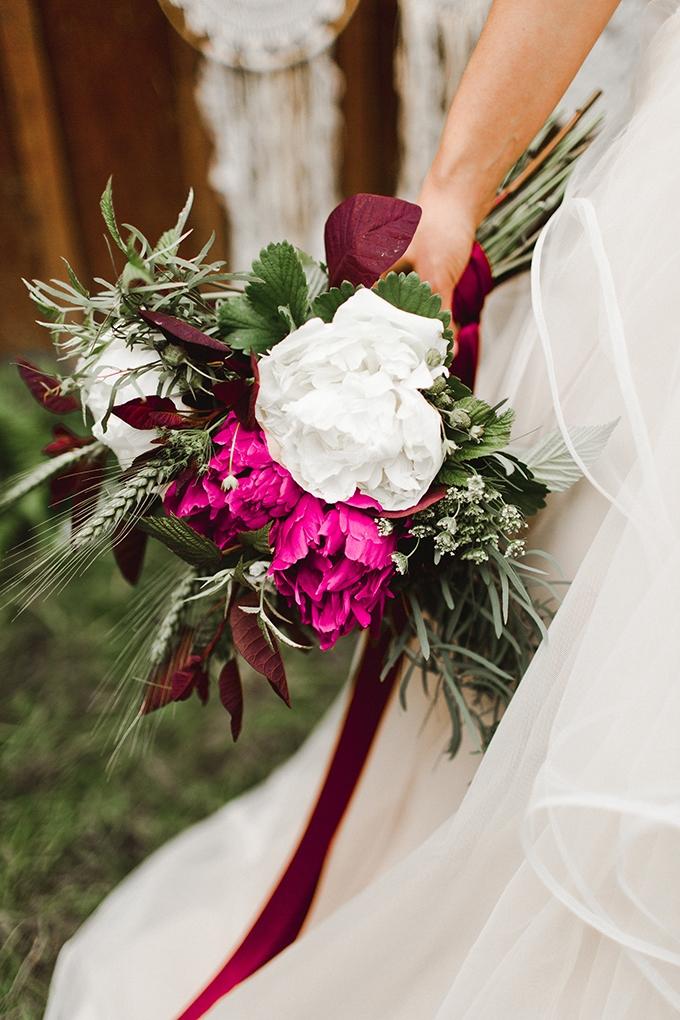 magenta boho wedding inspiration | Samantha McFarlen | Glamour & Grace