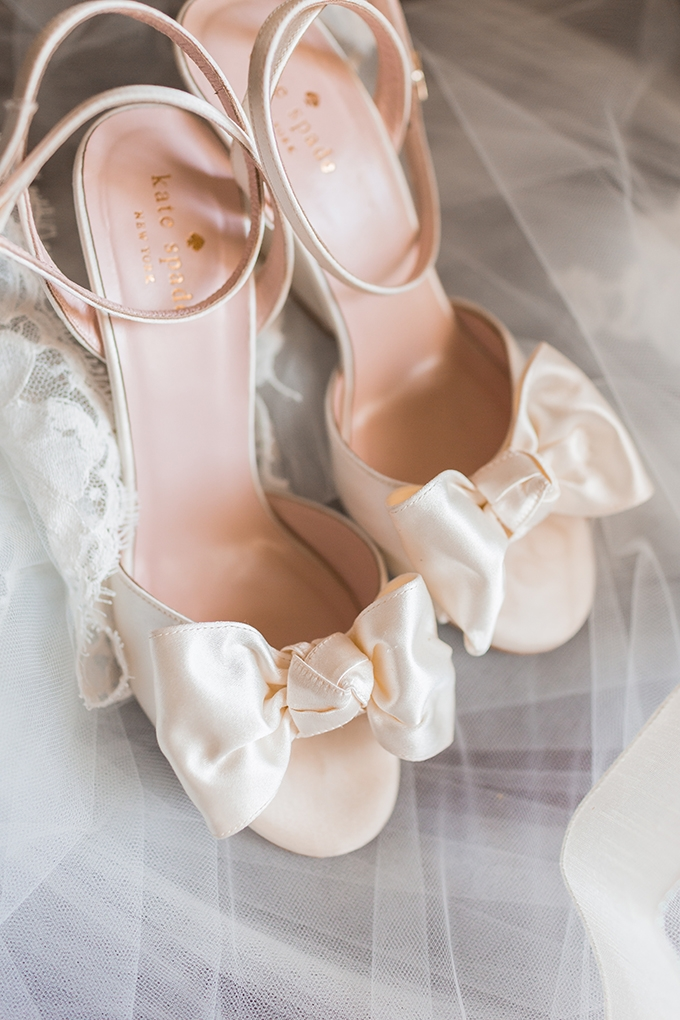 vintage blush wedding | Elizabeth Henson Photos | Glamour & Grace