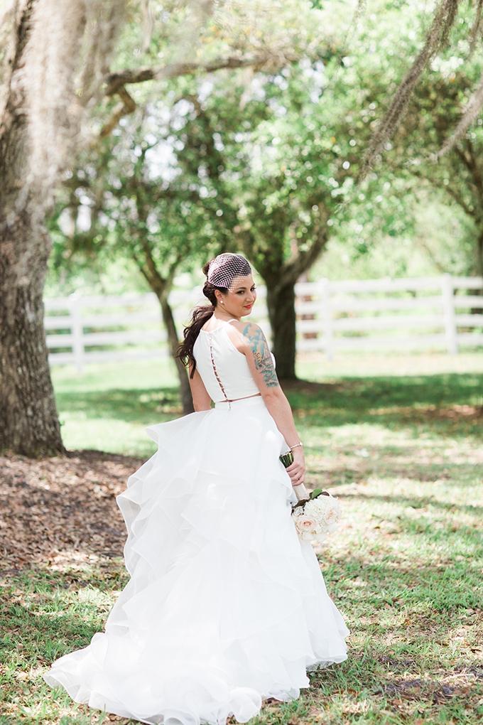 vintage glam farm wedding | Harmony Lynn Photography | Glamour & Grace