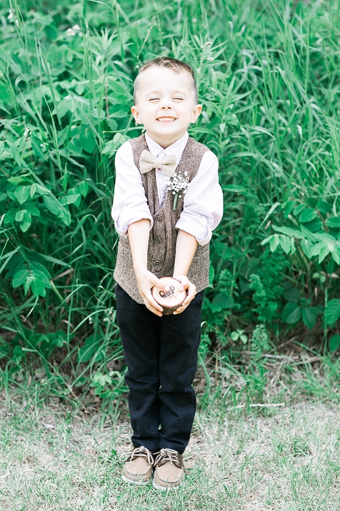 rustic ring bearer | Karen Ann Photography | Glamour & Grace