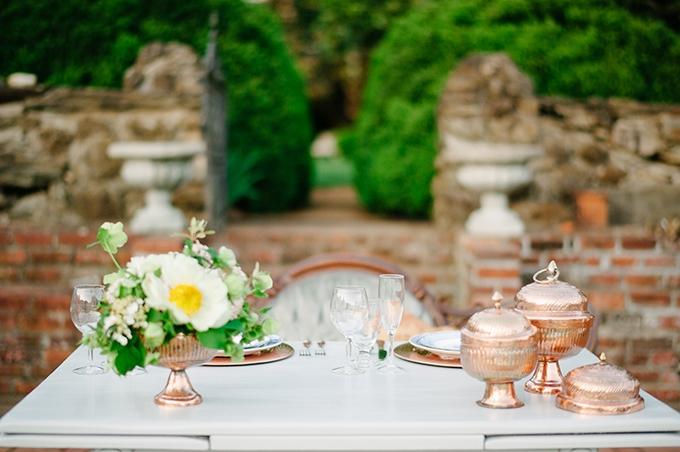 copper garden vow renewal   April Bennett Photography   Glamour & Grace