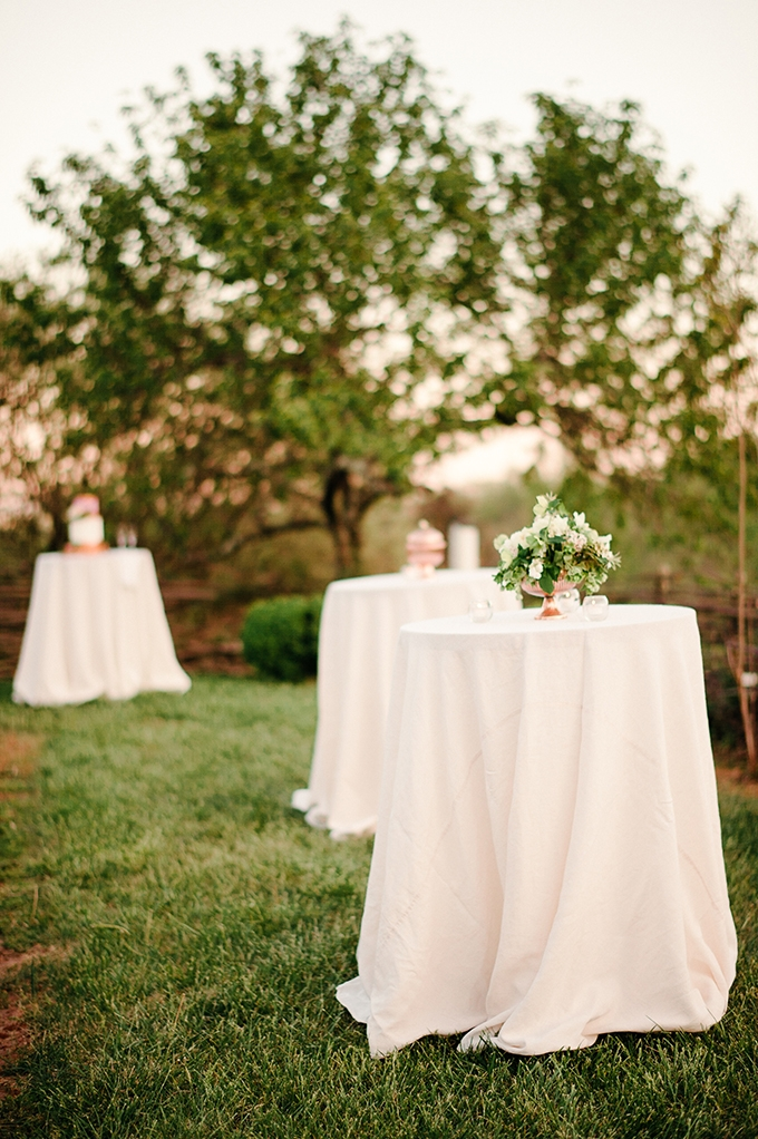 copper garden vow renewal | April Bennett Photography | Glamour & Grace
