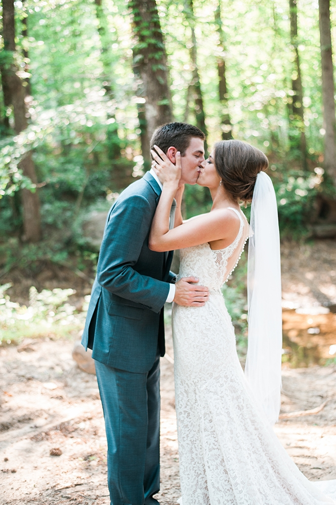 elegant cliffside Southern wedding | Cotton & Clover Photography | Glamour & Grace-16