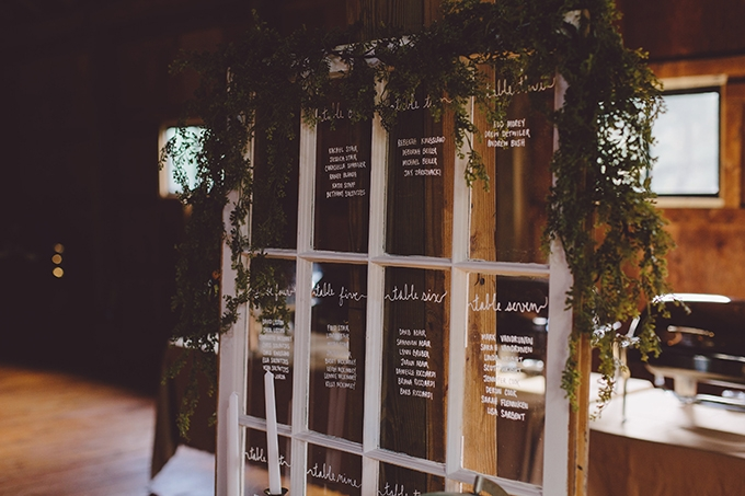 vintage Christmas tree farm wedding | Alyssa Shrock Photography | Glamour & Grace