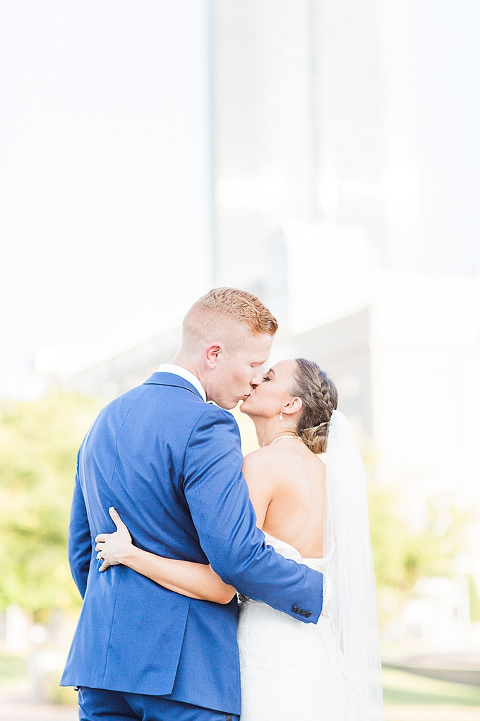 d7397f855bea41 art deco blue and gold wedding | Fleckography Co. | Glamour & Grace
