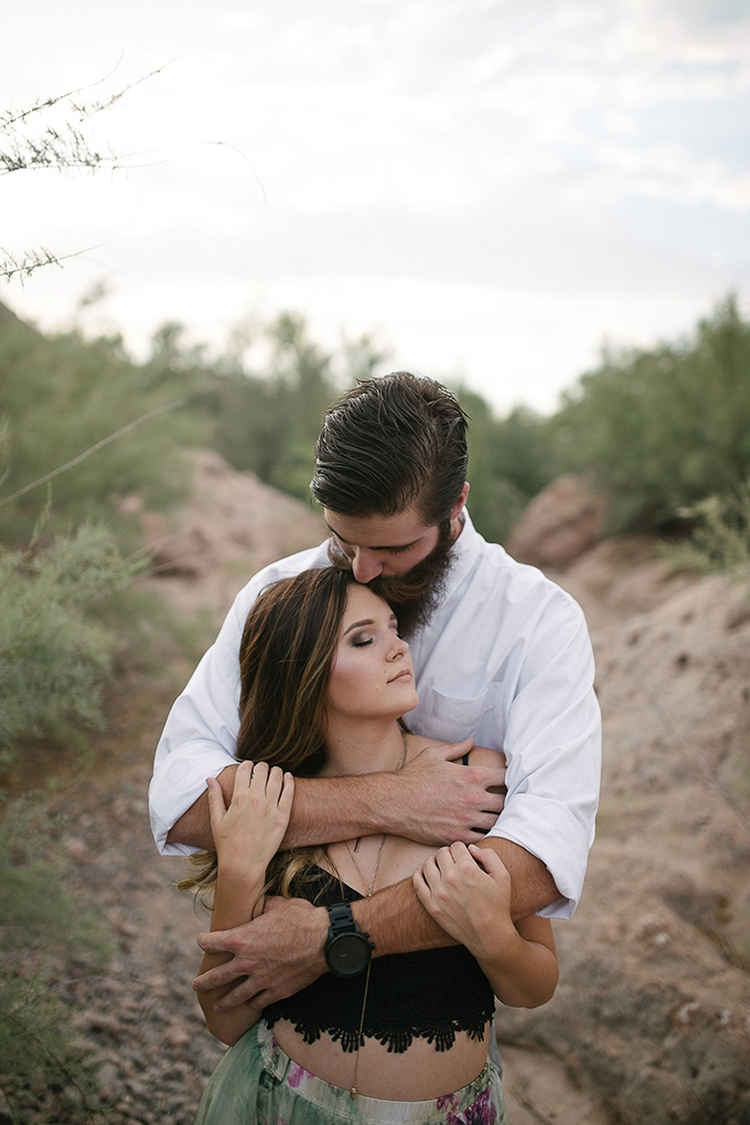 romantic desert engagement | Beginning and End Photography | Glamour & Grace-05