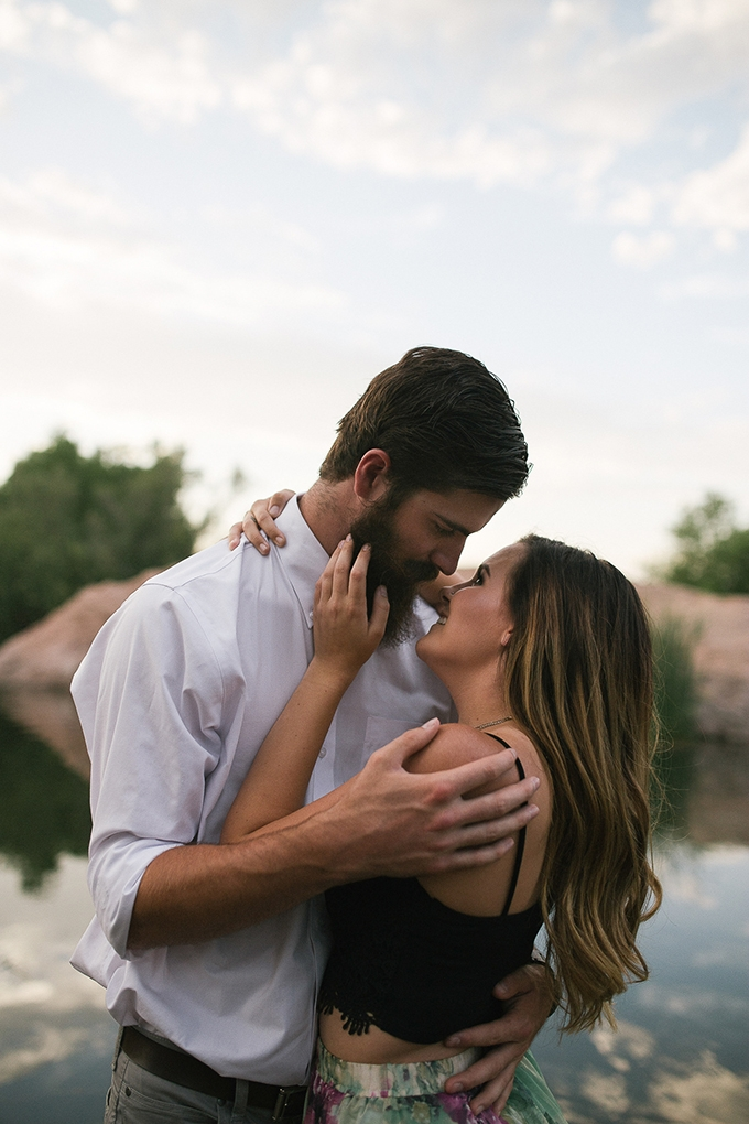 romantic desert engagement | Beginning and End Photography | Glamour & Grace-07