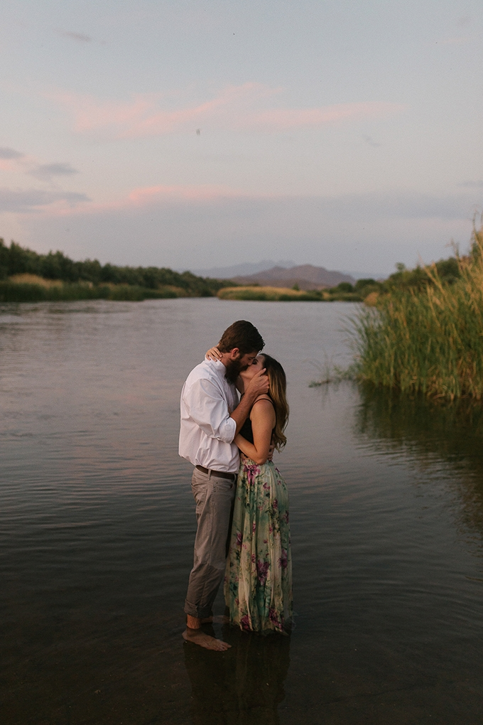 romantic desert engagement | Beginning and End Photography | Glamour & Grace-09