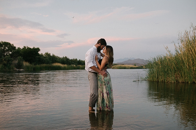romantic desert engagement | Beginning and End Photography | Glamour & Grace-10
