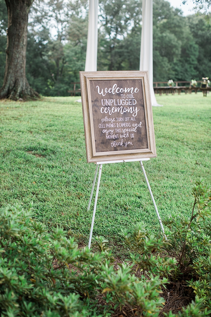 romantic farm wedding | Lindsey LaRue Photography & Makeup Artistry | Glamour & Grace-14