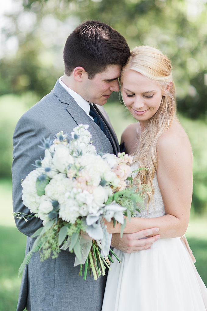 romantic farm wedding | Lindsey LaRue Photography & Makeup Artistry | Glamour & Grace-19
