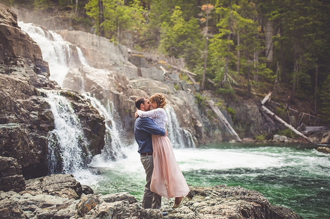 whimsical waterfall elopement | Chelsea Dawn Photography & Makeup Artistry | Glamour & Grace-07