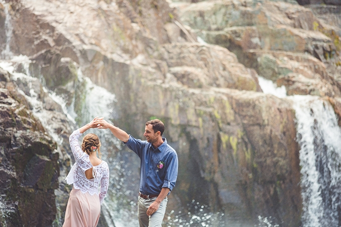 whimsical waterfall elopement | Chelsea Dawn Photography & Makeup Artistry | Glamour & Grace-14