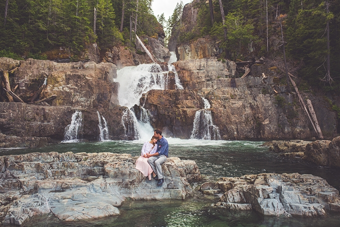 whimsical waterfall elopement | Chelsea Dawn Photography & Makeup Artistry | Glamour & Grace-17