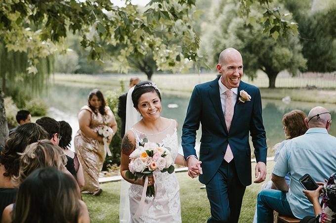 intimate lodge wedding | Jay & Jess Photography | Glamour & Grace-16