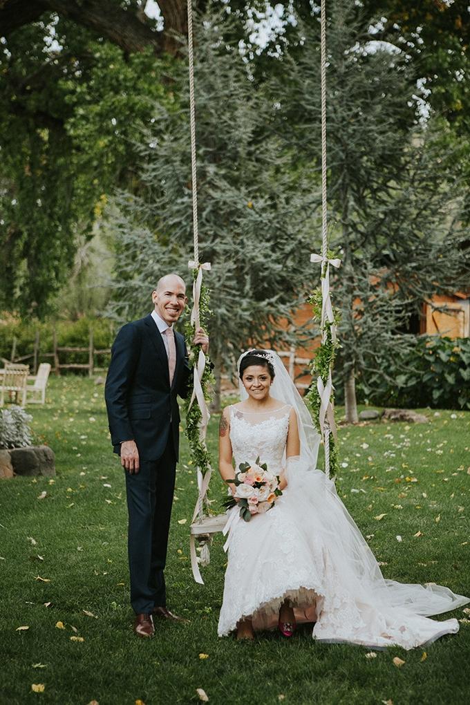 intimate lodge wedding | Jay & Jess Photography | Glamour & Grace-17